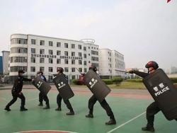 怀化监狱:战疫中移动的蓝色警戒线